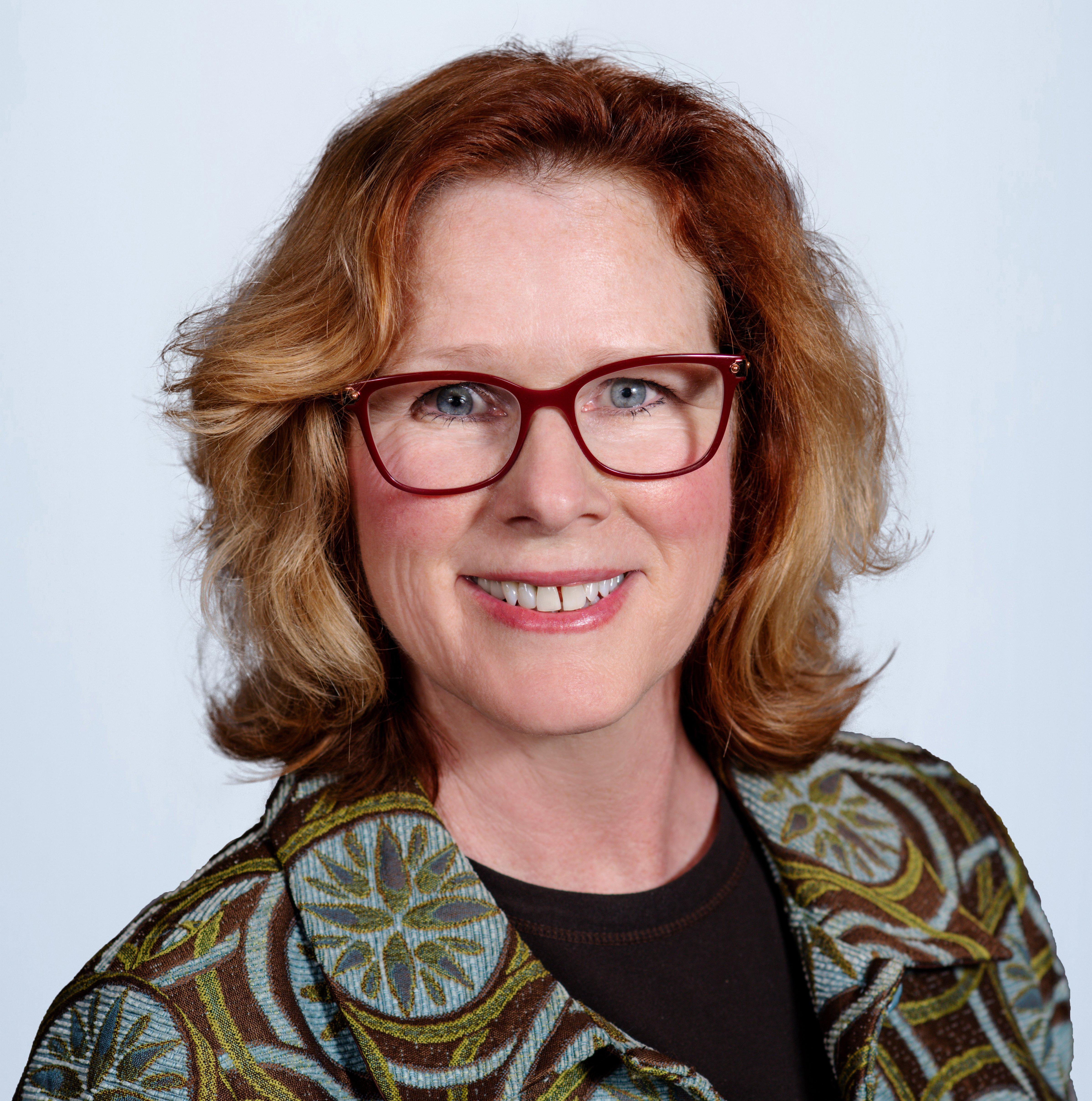 Denise MENEFEE new (2)