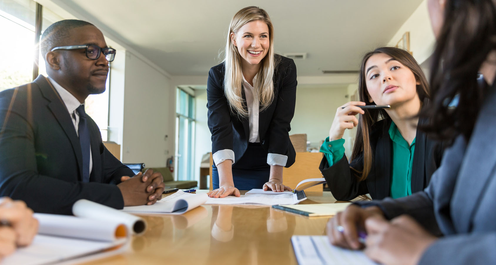 Develop effective leaders with experiential learning sm